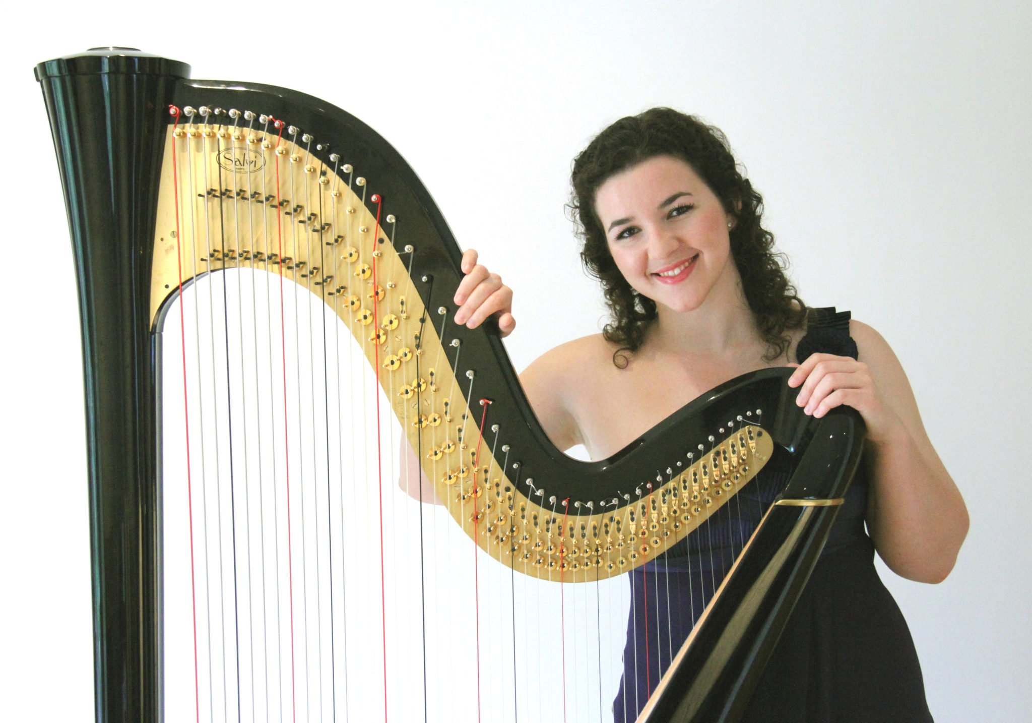 Glain Dafydd amongst the artists to perform at Sir Bryn Terfel concert to launch Wales International Harp Festival IV